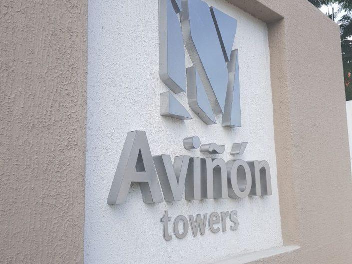 Aviñón Towers